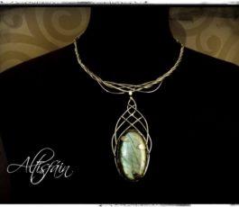Collier inox «Les Diaboliques: Titania» Labradorite bleue verte