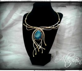 "Collier laiton ""Constellation: Eridan"", Agate Druzy bleue canard"
